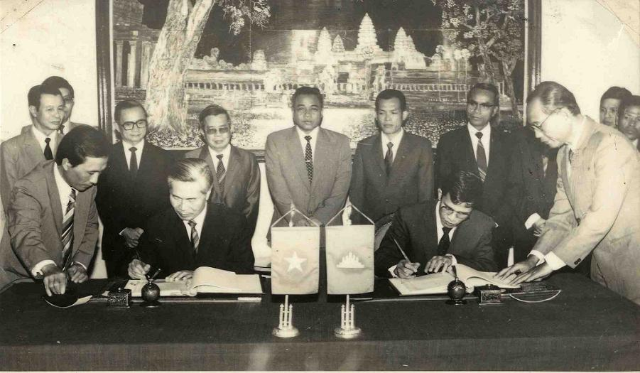 Signing of Agreement on national boundary planning between Viet Nam - Cambodia