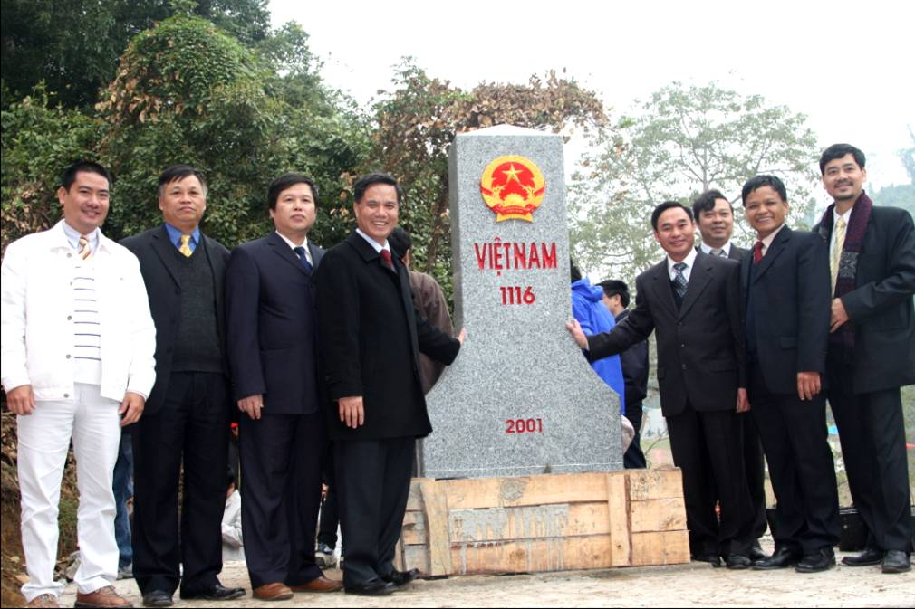 Vice Minister Vu Dung attends Viet Nam - China landmarking ceremony